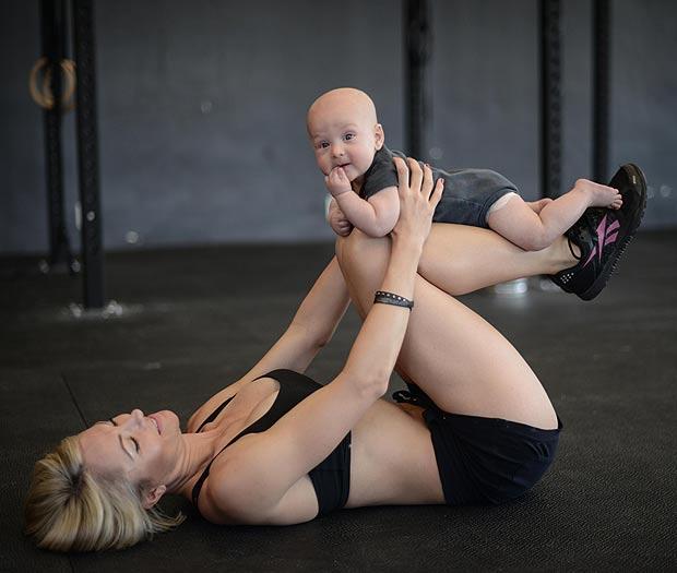 mère célibataire à la gym