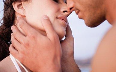 embrassez avec les mains