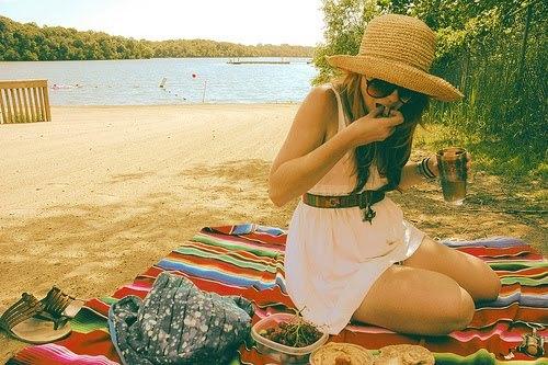 Premier rendez vous à la plage avec une fille