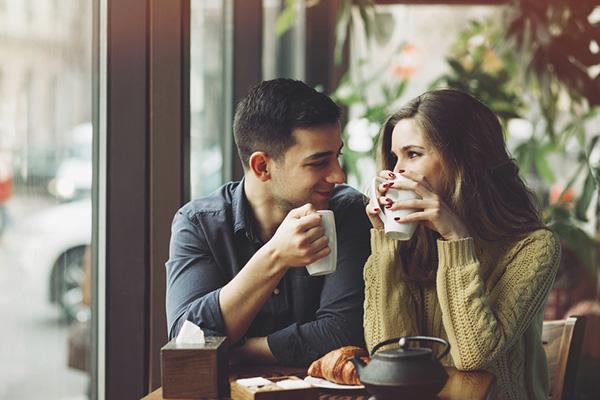interesser-femme-conversation