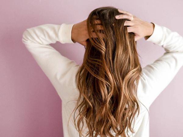 cheveux femme